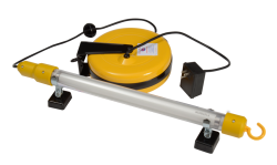 Magnetic 15 Watt Fluorescent Lamp w/40' Retractable Cord