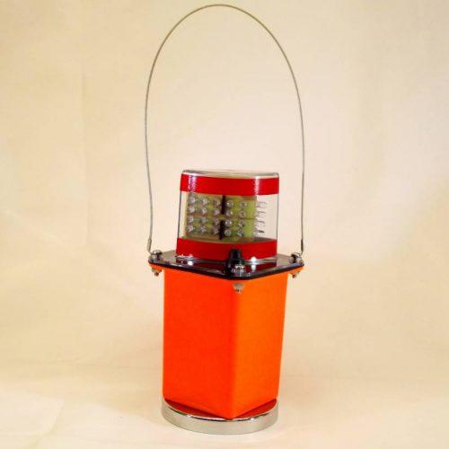 Amber LED Flashing Light w/Clear Lens & Magnet