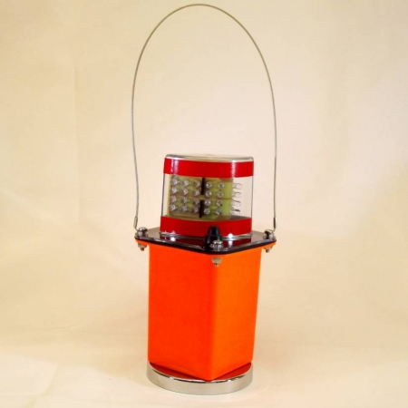 Red LED Flashing Light w/Clear Lens & Magnet