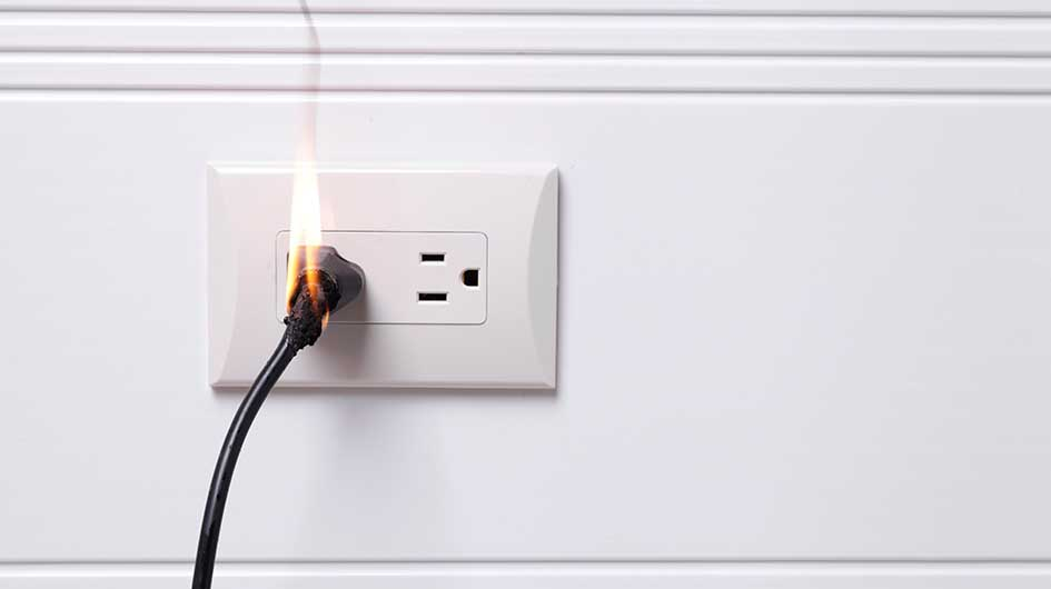 Burning plug in outlet