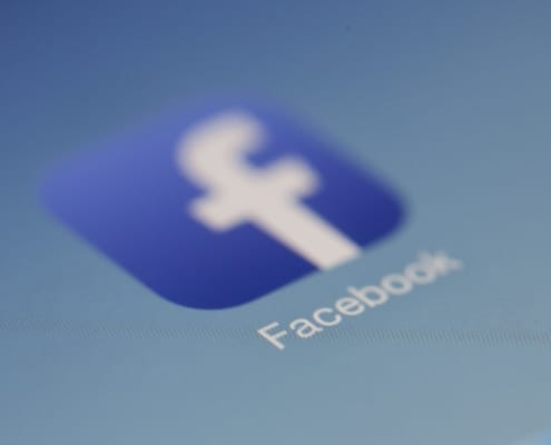 Facebook, Social Media: Utilizing Facebook in a Business Setting