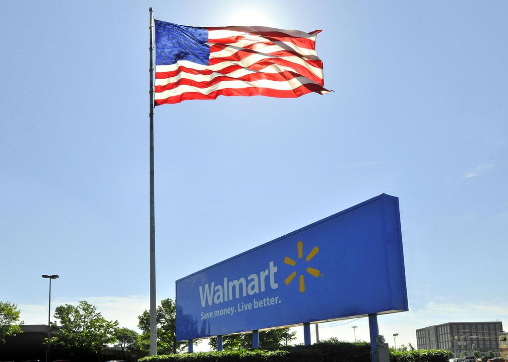 Walmart, Walmart History: How Walmart Became What It Is Today