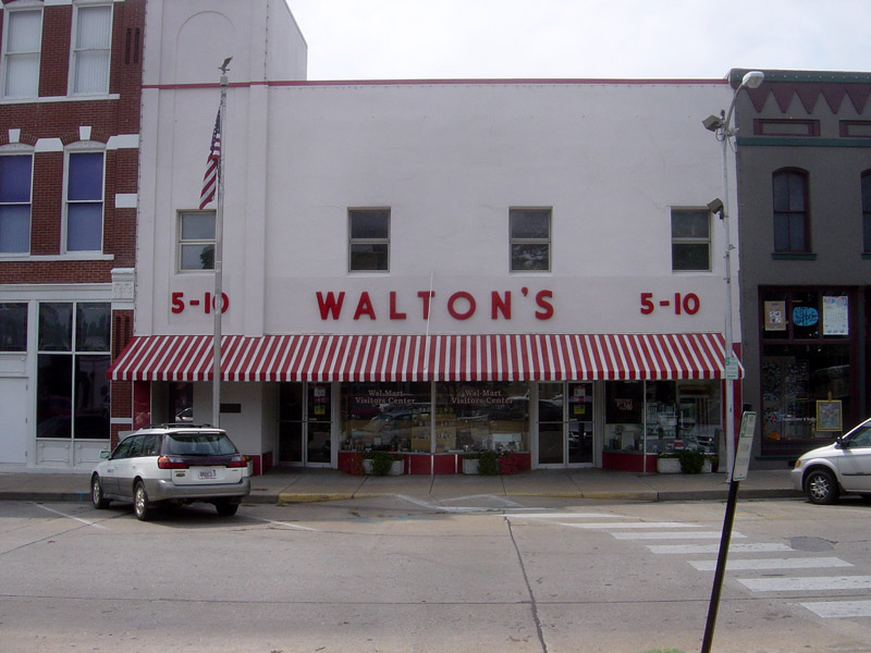 The Early Beginnings of Walmart. Walton's 5&10 Store.