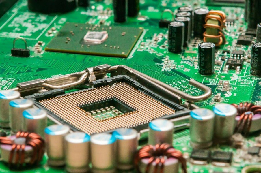 Electrical Engineer, How to Find an Electrical Engineer to Help Tackle Your New Product